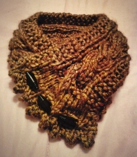 Cabled Cowl (Brown)